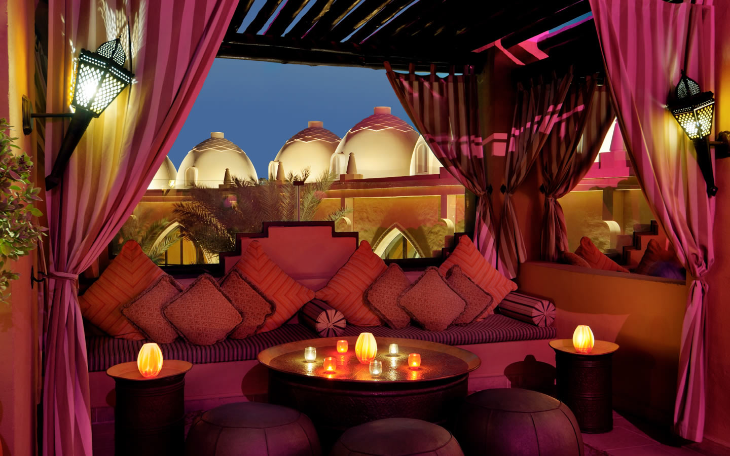 15 Best Outdoor Terraces in Dubai - The Rooftop Terrace - Arabian Court, One&Only Royal Mirage