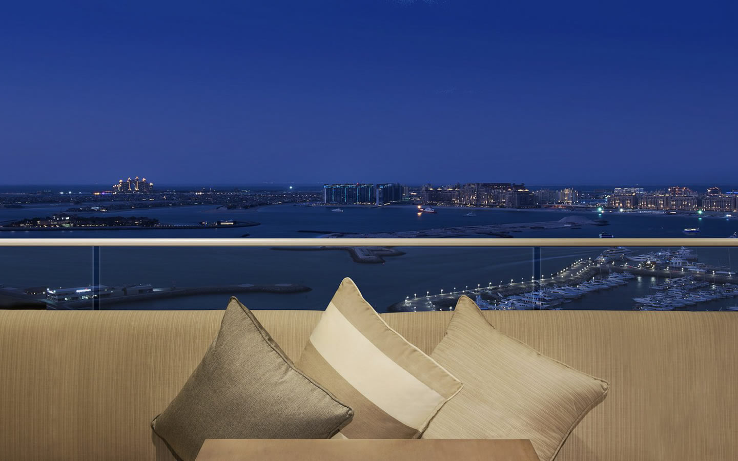 15 Best Outdoor Terraces in Dubai - Habtoor Grand Beach Resort, Club Lounge