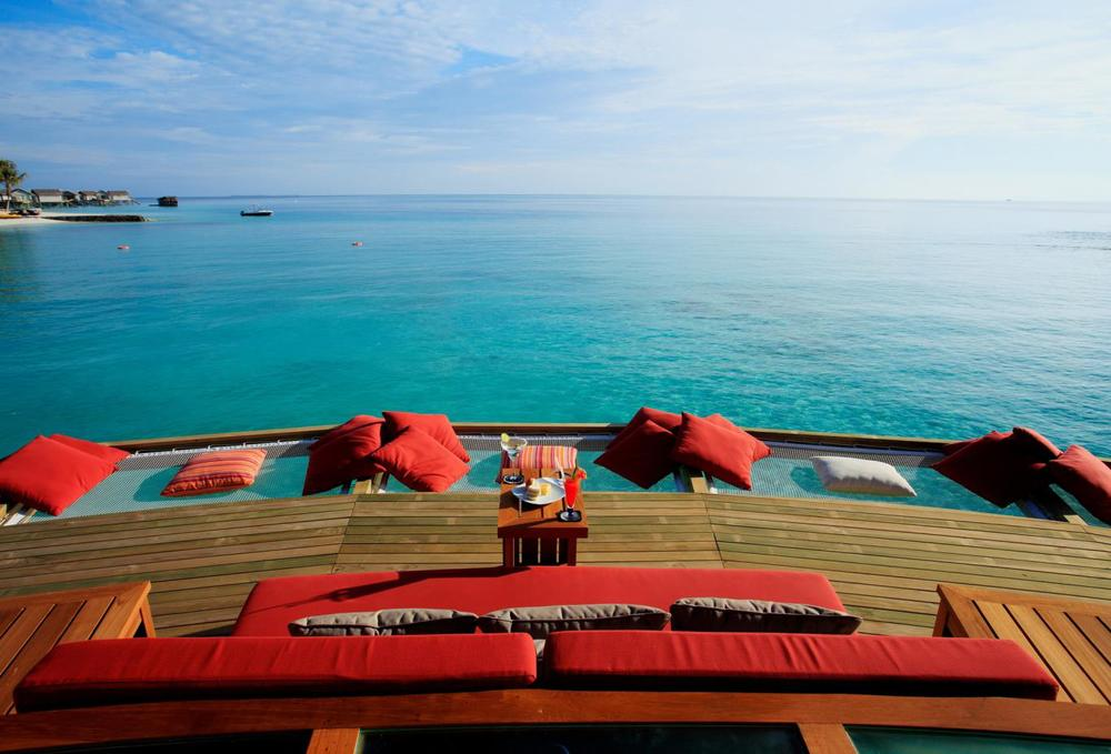 Viu Bar, Centara Ras Fushi Maldives - 9 great hotel bars